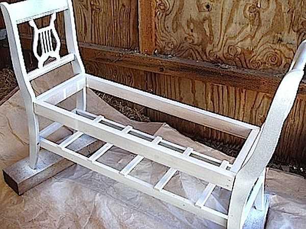 26 Лавочка для дачи - 150 фото идей деревьяных и металических дачных лавочек и скамеек