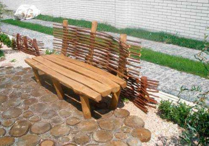 6-2-678x476 Лавочка для дачи - 150 фото идей деревьяных и металических дачных лавочек и скамеек